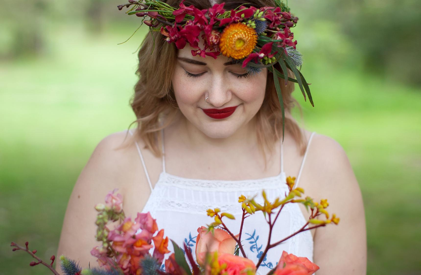 mjk_autumn-kisses-floral_01